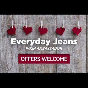 Shop with confidence! I am a Posh Ambassador 💕